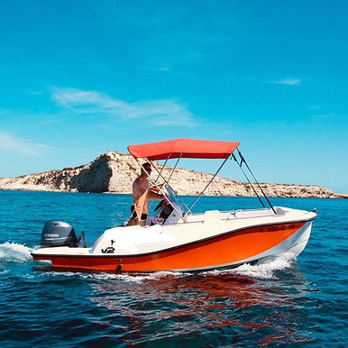 V2 5.0 of Lizard Boats in Ibiza